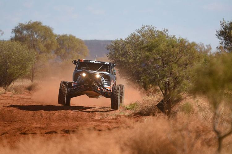 Ryan-Taylor-Pro-Buggy-Finke-Desert-Race-2021-Day-1