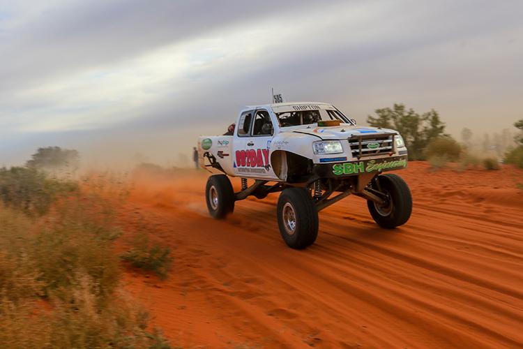 Michael-Shipton-Performance-2WD-Finke-Desert-Race-2021-Day2