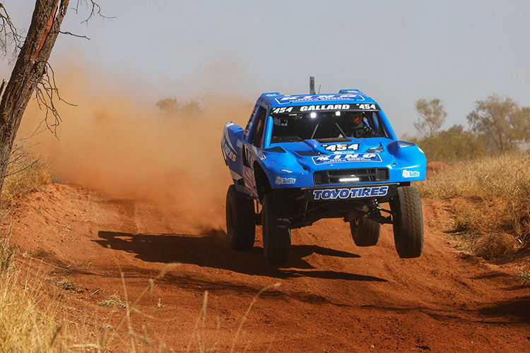 Brad-Gallard-454-Trophy-Truck-2021-Finke-Desert-Race-Prologue-Jump